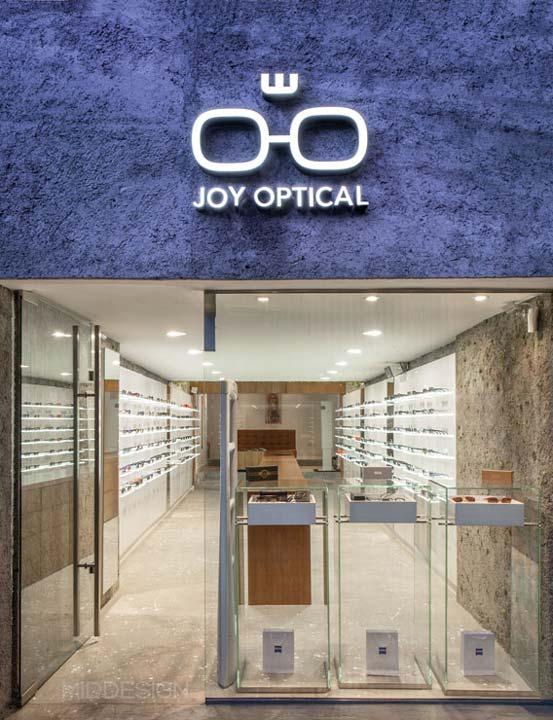 Diseño vitrina exterior local JOY optical